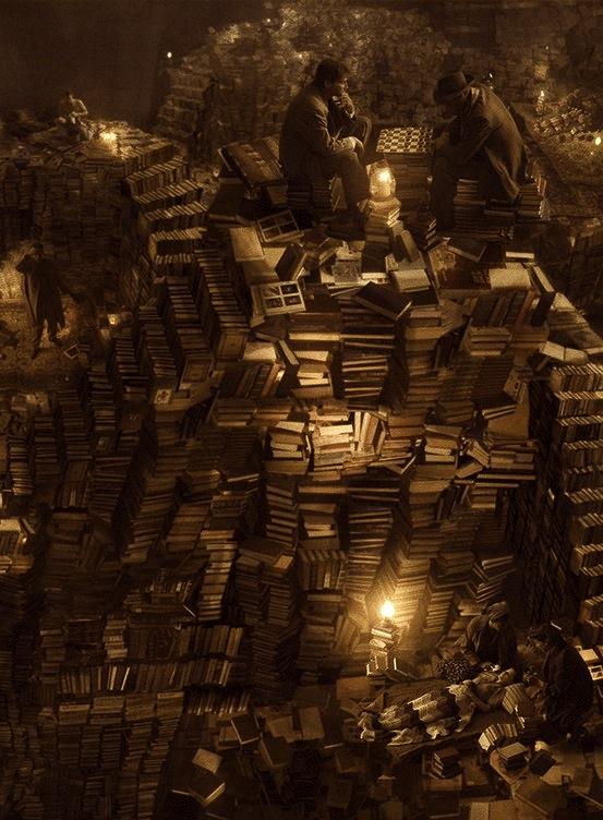 Bibliothèques et livres des songes Pile-livre-joueur-de-dames