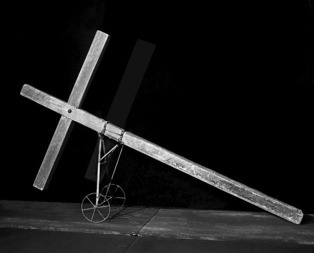 Tadeusz-Kantor_A-Funerary-Vehicle
