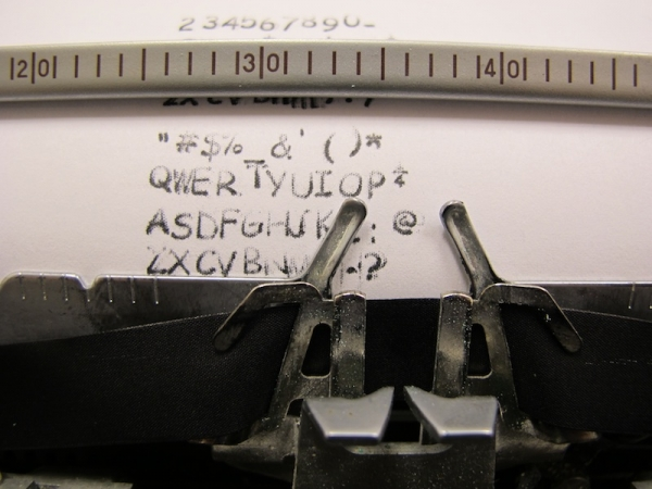 typewriter-comic-sans-01